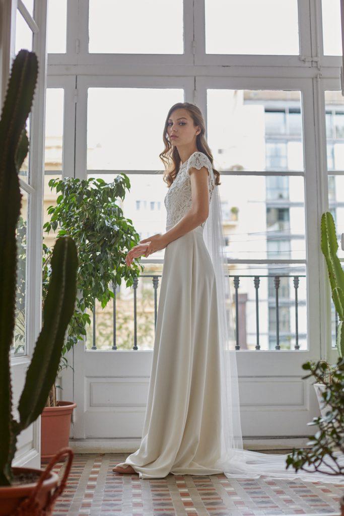 Otaduy es un nuevo concepto de vestidos de novia diferentes y originales que se inspira en la música, el cine y el arte, vestidos diseñados especialmente para las novias con personalidad que realmente quieren ser ellas mismas en su día de boda. Para Otaduy, cada colección es única, con su propia alma y su propio cuerpo.